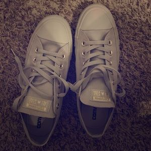 Like New Women's Grey Gold Converse All-Star 9